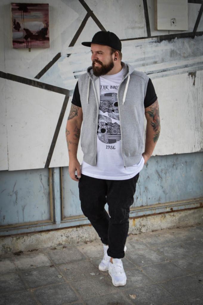 Cooler Look in Grau, Schwarz & Weiß mit Happy Size