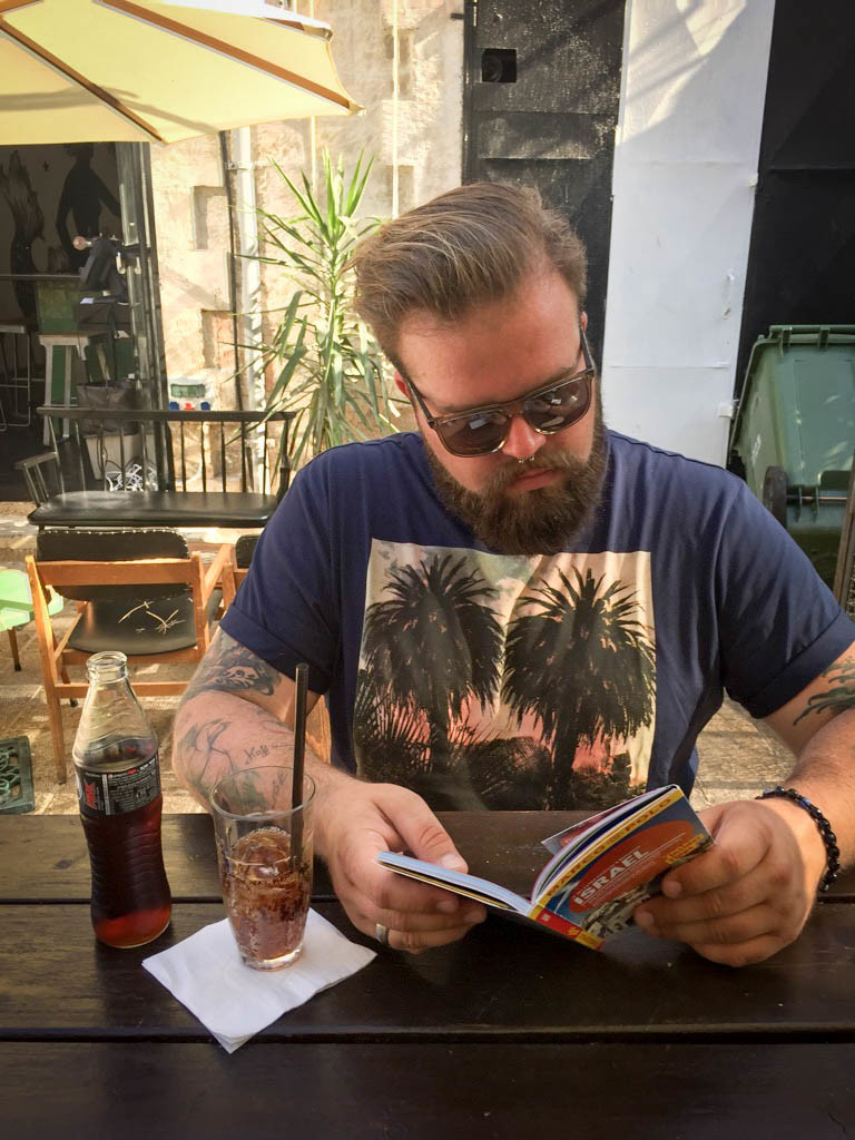 Palmen Print Shirt und Shorts Tel Aviv Plus Size Model Blogger Claus Fleissner