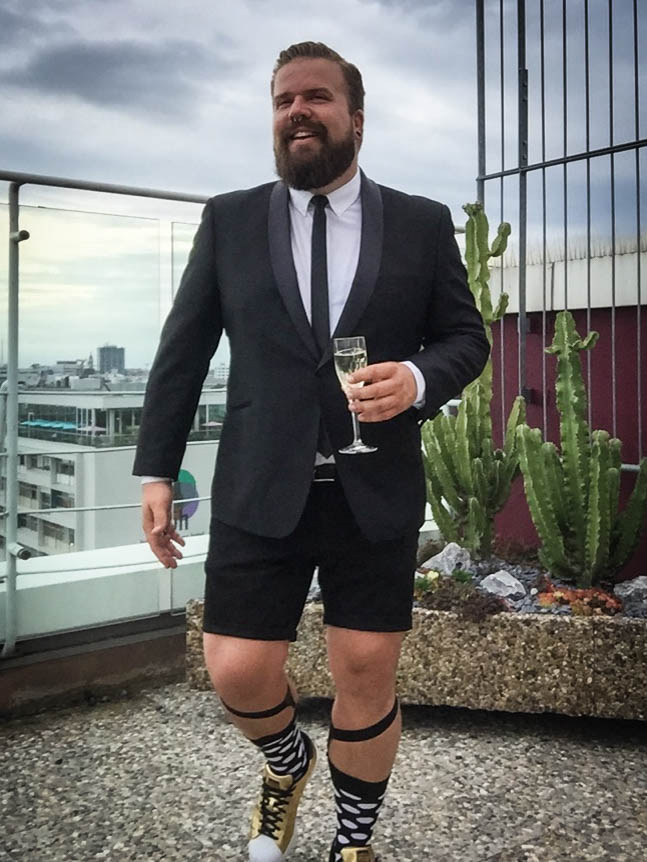Smoking Tuxedo Hochzeitsoutfit wedding look Sommer chic elegant stylish Male Plus Size Blog Blogger Model Claus Fleissner