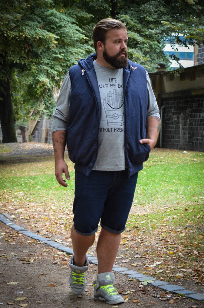 Herbst Fall pre-fall Plus Size Male Model Blog Blogger Große Größen XXL Weste Jogg Parts Übergangsjacke Happy Size