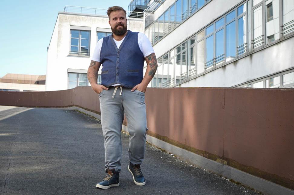 Male Plus Size Blog Blogger Model Fashion Männermode XXL Herren große Größen Happy Size