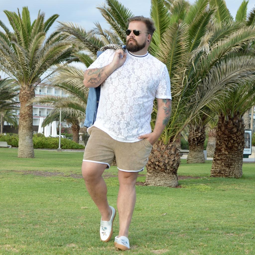 d0e32bf4683 Coachella Plus Size Outfit by ASOS PLUS Model Blogger Claus Fleissner