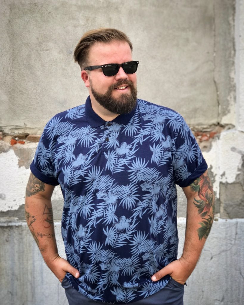 BadRhino Plus Size Poloshirt and Shorts