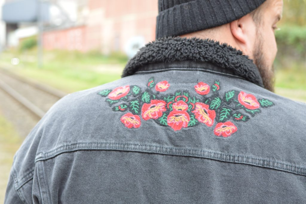 Jeansjacke Denim Stickerei embroidery ASOS PLUS
