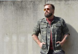 Nachgestylt InStyle Men Style the Look Inspiration Streifen Strapse Camp Camouflage
