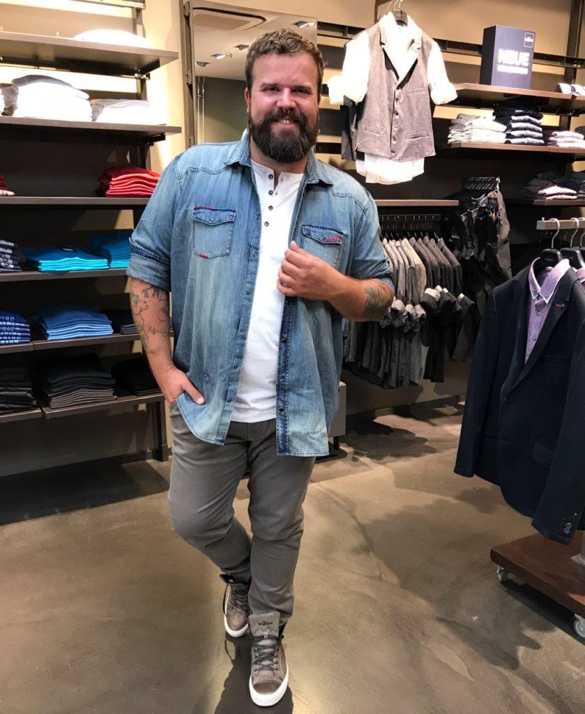 Claus Fleissner engbers XXL Shopping Filiale Sulzbach Main Taunus Zentrum MTZ Beratung große Größen