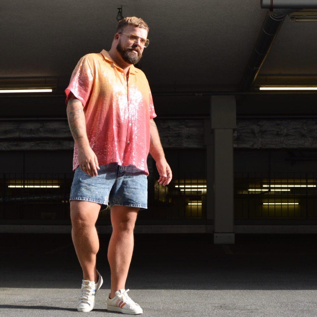 Asos Plus Size men sequins Pailletten pride month pride outfit csd