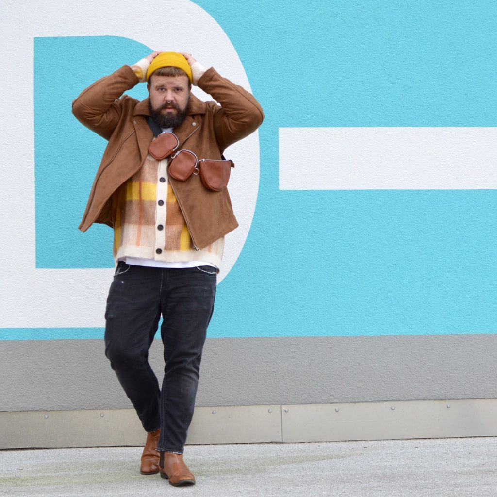 Asos große Größe autumn fall herbst outfit biker senfgelb strick cardigan